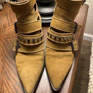 Zara Woman Tan Suede Buckle Shoe boots size 37